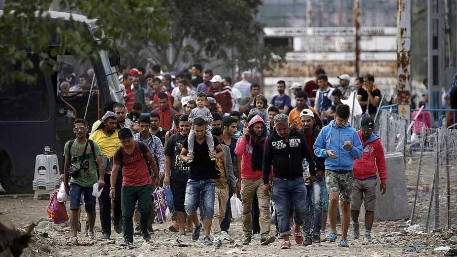 Refugiados sirios en la frontera entre Grecia y Macedonia