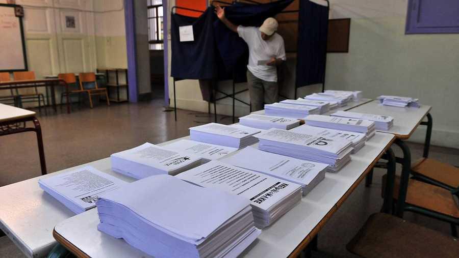 Papeletas en un colegio electoral de Salónica, en las elecciones generales en Grecia