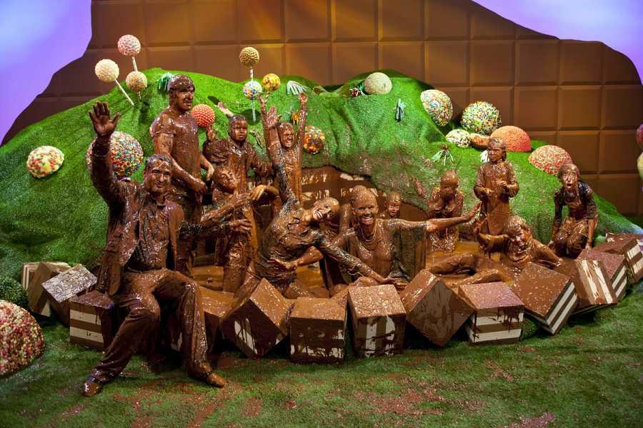 Acabaron todos cubiertos de chocolate