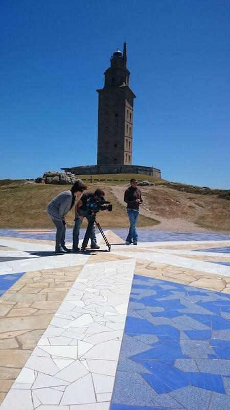 La torre de Hércules, patrimonio de la humanidad de la UNESCO, desde la rosa de los vientos