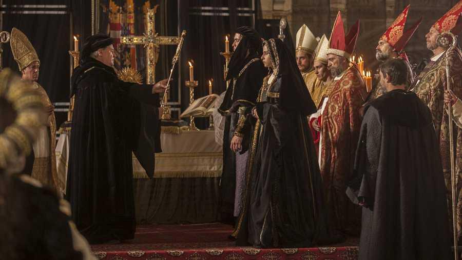 Raúl Mérida e Irene Escolar protagonizan 'La Corona Partida' donde de nuevo serán Juana 'La Loca' y Felipe 'El Hermoso'