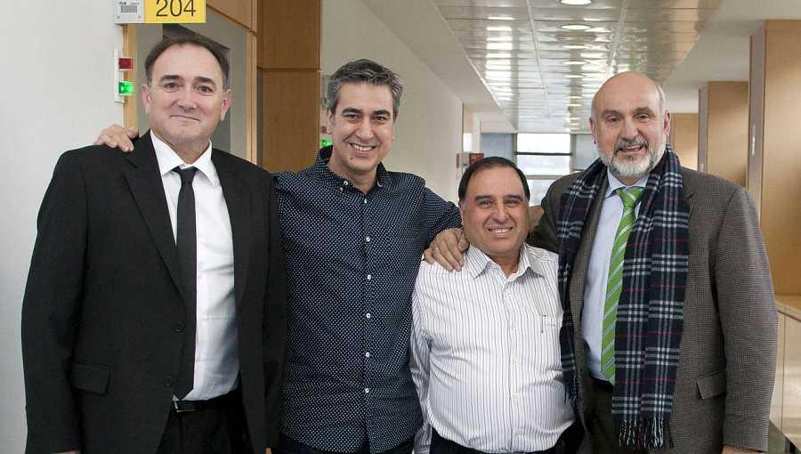 Carlos Abellán, director del Museo del Ferrocarril; Salvador García Ochoa, primer maquinista del AVE; y Victoriano Martín, supervisor; con Arturo Martín