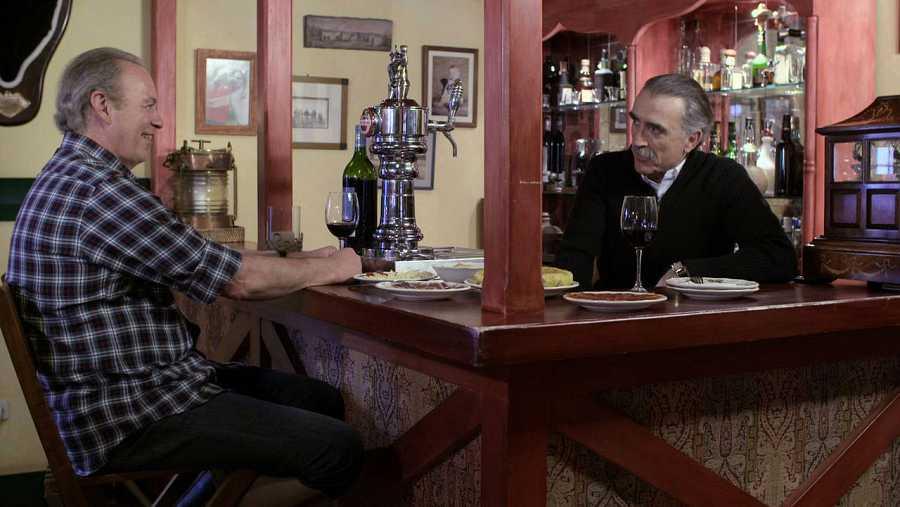 Juan y Medio y Bertín Osborne en  'En la tuya o en la mía'