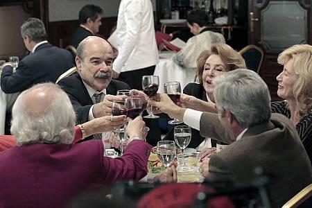Los Alcántara comparten cena con Olmedilla y su madre