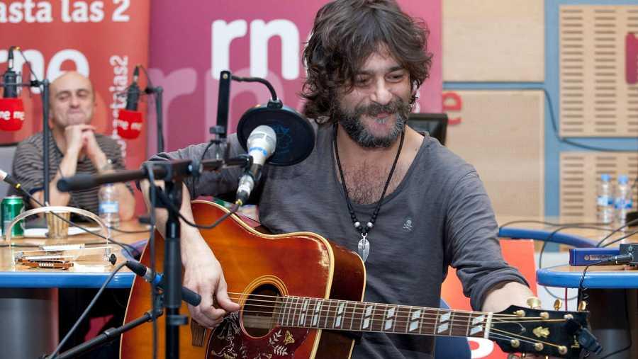 El músico madrileño, en una de sus actuaciones