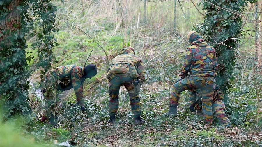 Militares desplegados en el área de Rodenbourg en Bélgica