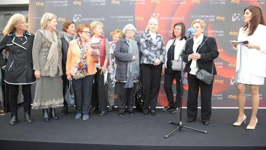 Dolors Gómez, presidenta de l'associació, ha recollit el premi a les Cuineres del Bages per posar en valor la cuina tradicional del Bages