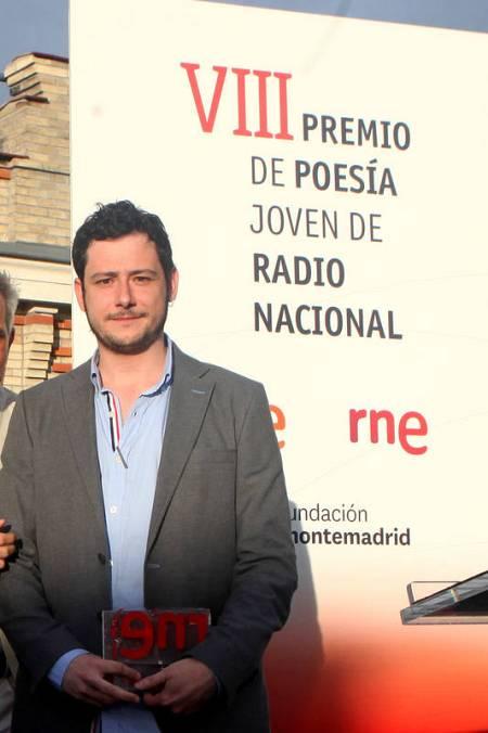 Javier Hernando Herráez, VIII Premio Poesía Joven RNE por 'Todos los animales muertos en la carretera'