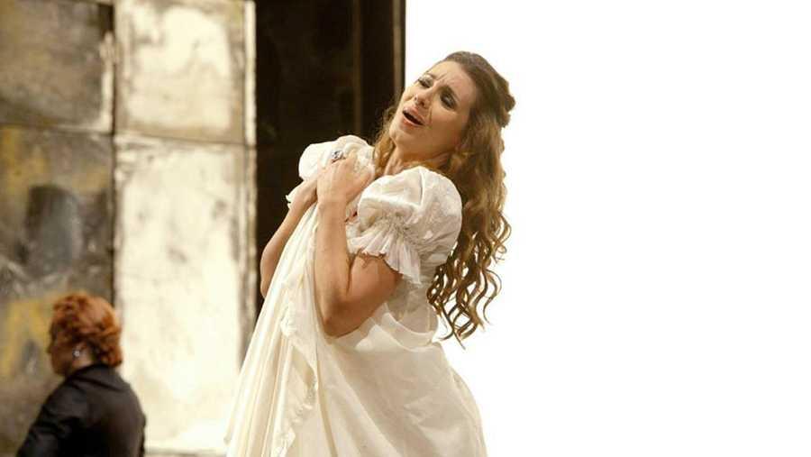 La soprano Sabina Puértolas