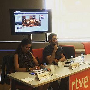 Con el periodista freelance y profesor de la UAB, Agus Morales, el seminario ha profundizado sobre la nueva oportunidad para el activismo social que supone el periodismo móvil.