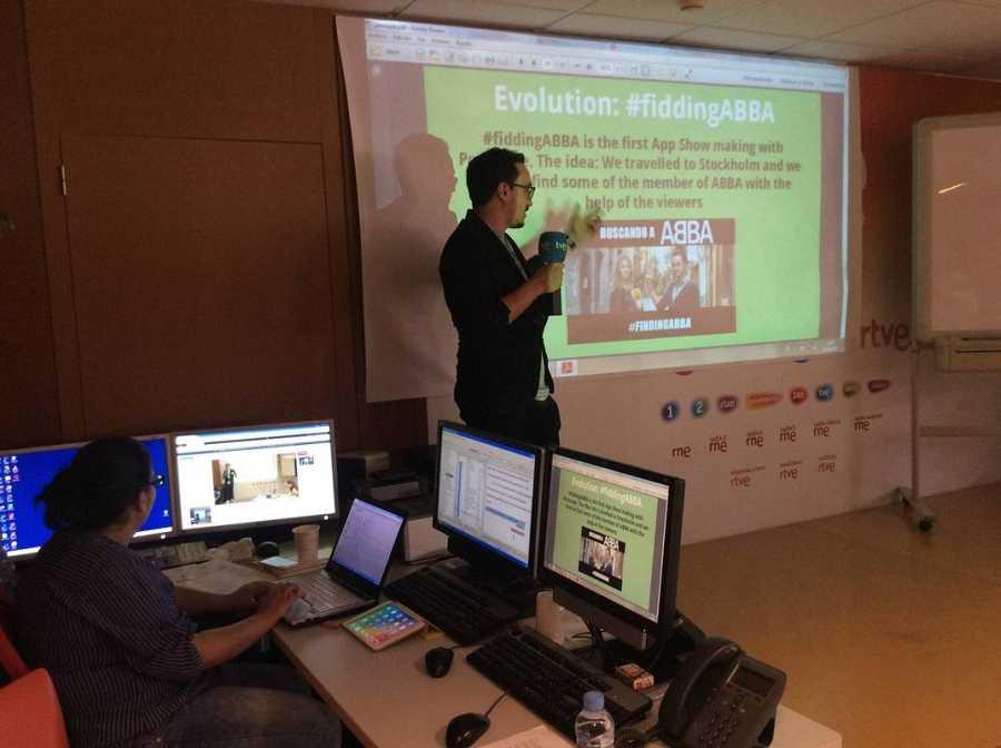 César Vallejo, el director creativo de rtve.es nos ha explicado la experiencia utilizando aplicaciones, como Periscope