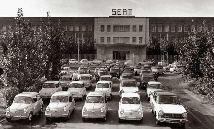 En total se vendieron 800.000 unidades del Seat 600