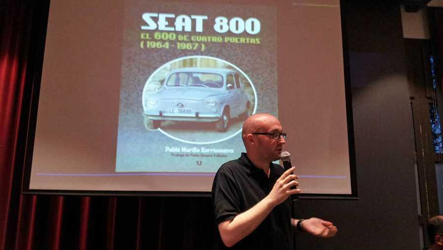 Pablo Murillo, autor del libro 'Seat 800, el 600 de cuatro puertas (1964-1967)'