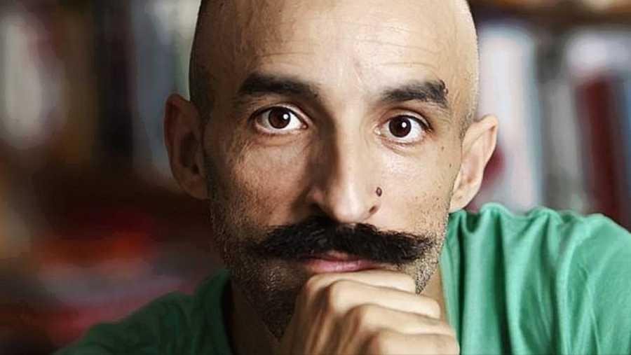 El escritor Jesús Carrasco