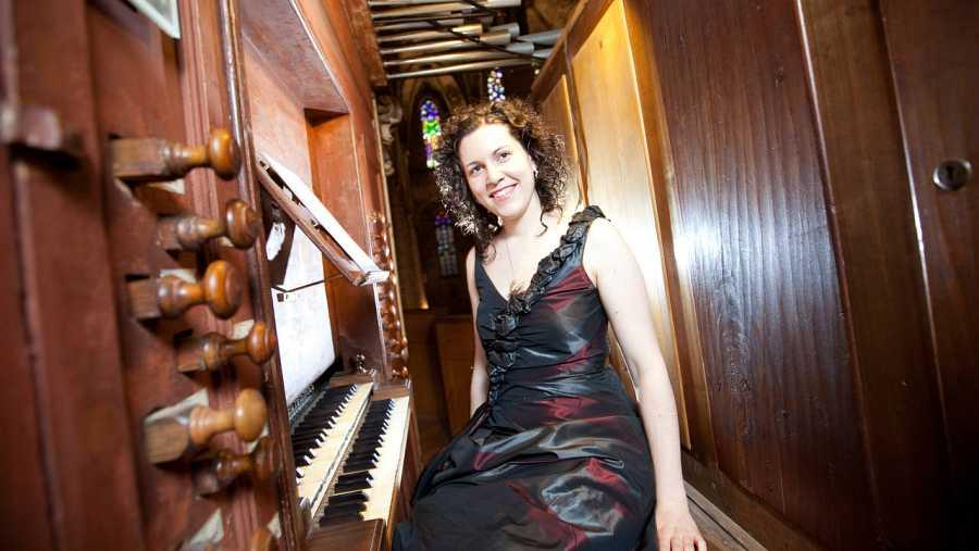 La organista Ana Aguado