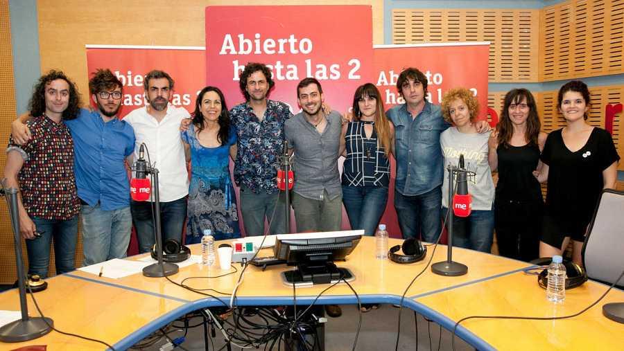 Fetén Fetén, con Rozalén, Lichis y todo el equipo del programa
