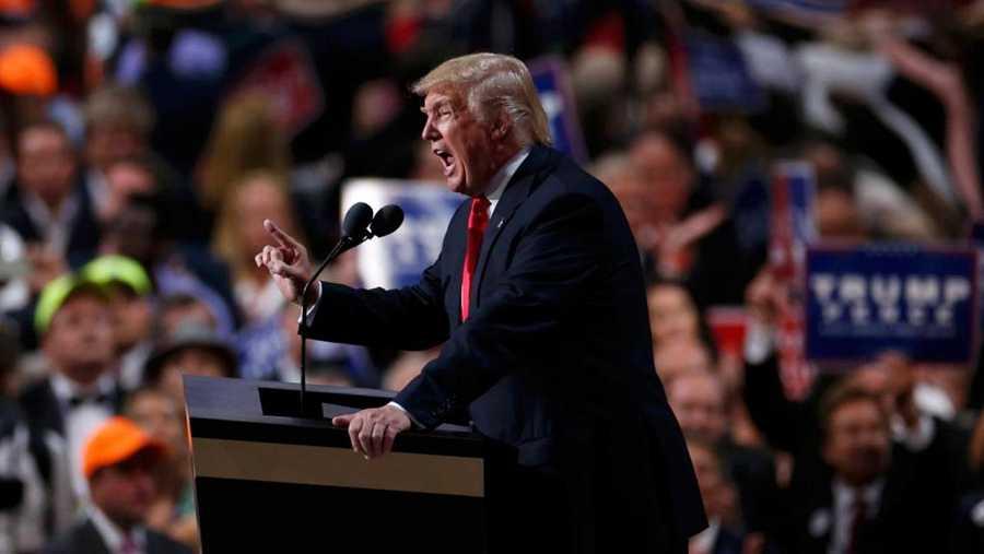 Donald Trump habla durante la Convención Republicana