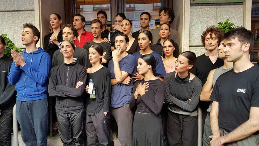Parte de los bailarines del Ballet Nacional de España durante la huelga