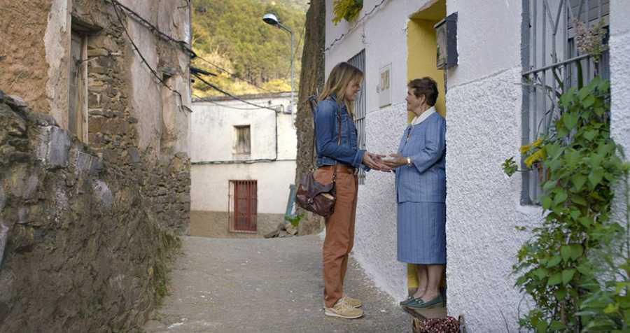 Adriana Ugarte protagoniza 'Las Hurdes, tierra con alma'