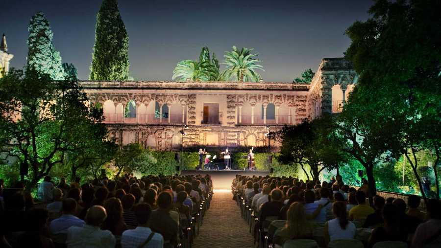 Noches en los jardines del Real Alcázar de Sevilla