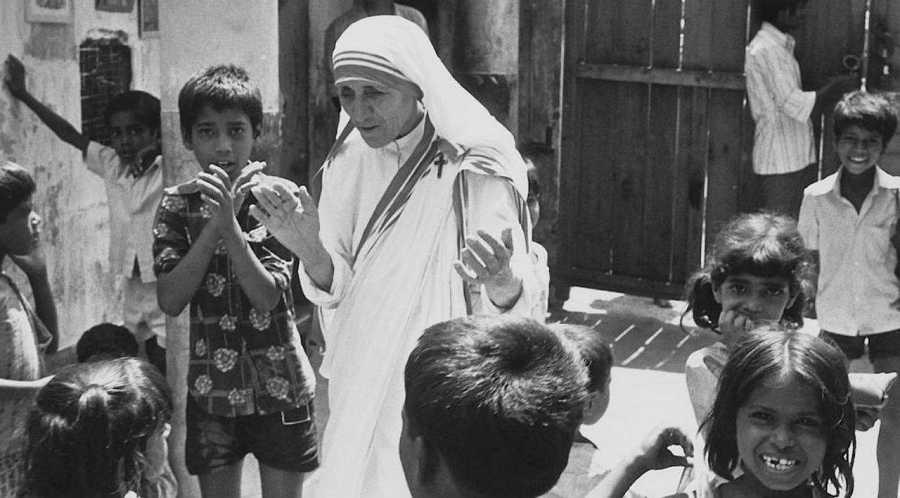 Los niños fueron uno de los objetivos en la obra de Teresa de Calcuta