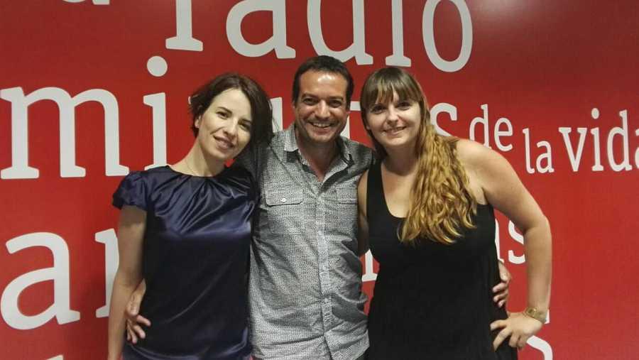 Las periodistas Esther Alvarado y Prado Campos visitan RNE