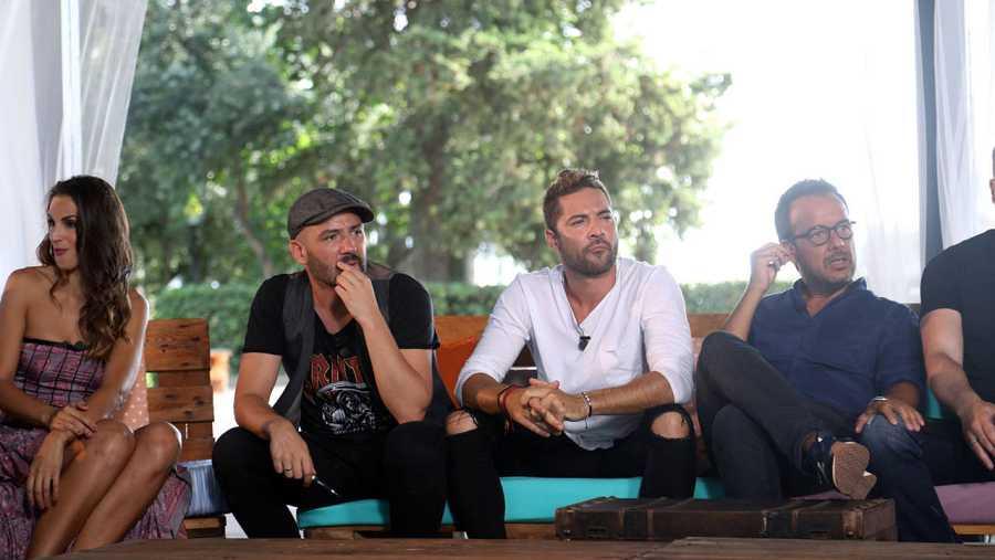 Nuria Fergó, Alejandro Parreño, David Bisbal y Ángel Llàcer en uno de los momentos del reencuentro de OT.