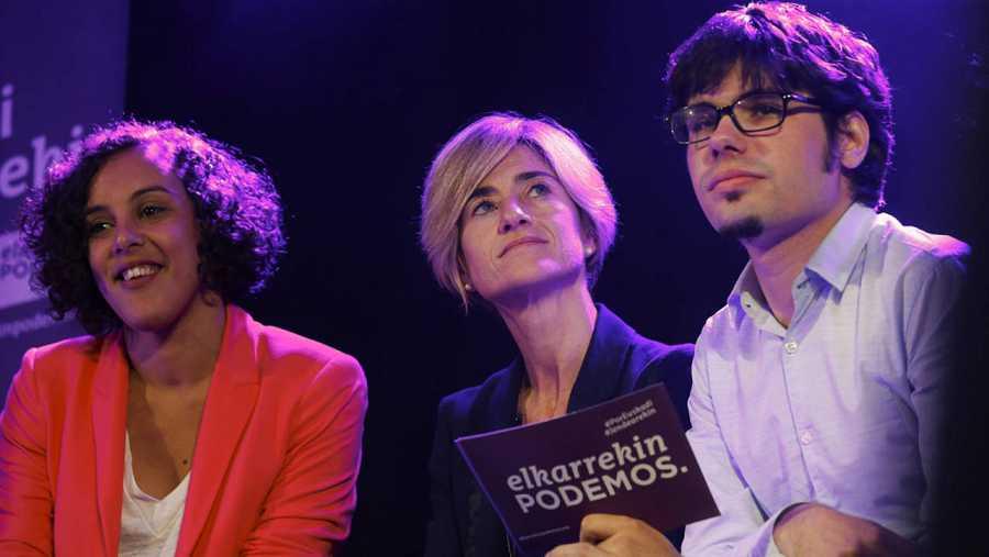 La candidata a lehendakari por Elkarrekin Podemos, Pili Zabala, en el acto de cierre de campaña electoral