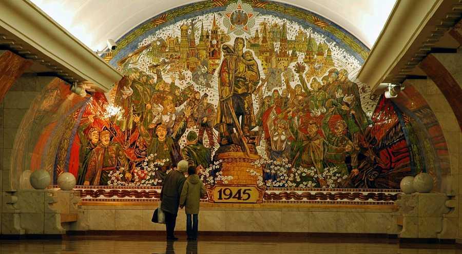 El metro de Moscú está considerado una obra de arte