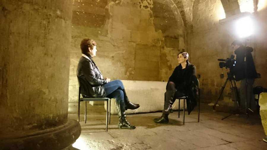 Entrevistamos a Margarita Torres en la Basílica de San Isidoro, en León