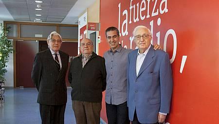 Arturo Martín, junto a los pioneros de TVE