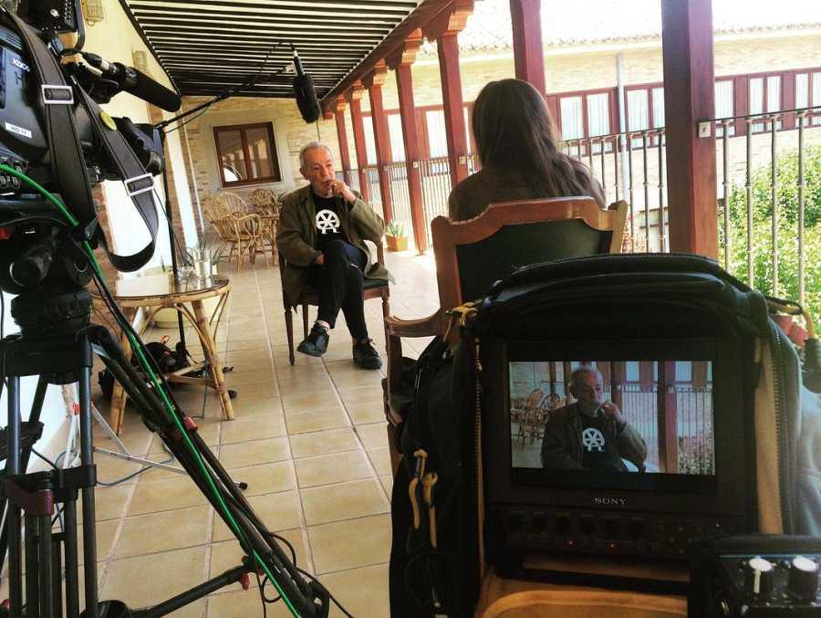 José Luis Gómez, durante la grabación de una de las entrevistas realizadas para el documental