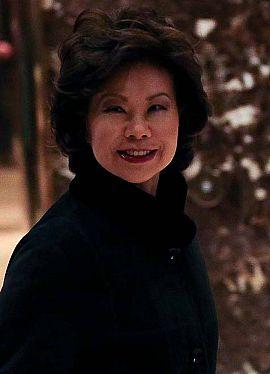 Elaine Chao, nueva secretaria de Transportes de EE.UU.