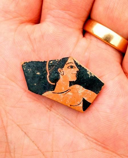 Fragmento de cerámica del siglo 6 a.d.C. hallado en la exploración