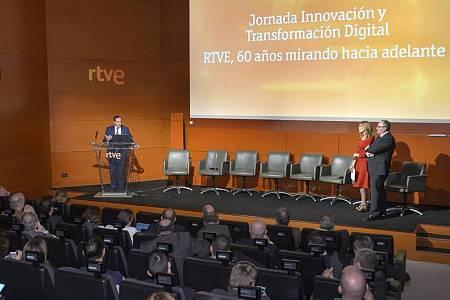 El director de TVE, Eladio Jareño, durante su intervención