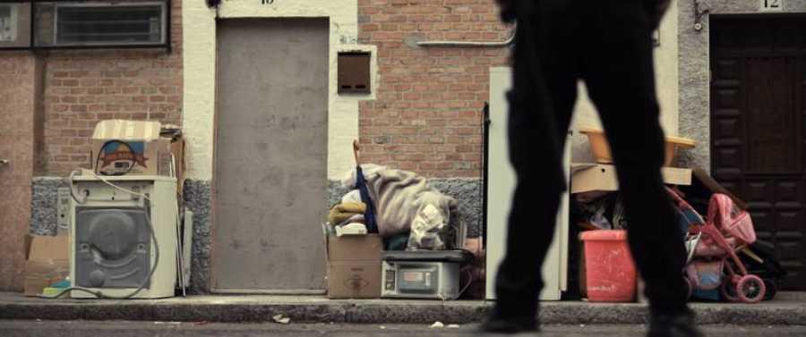 Imagen de un desahucio en las calles de Madrid