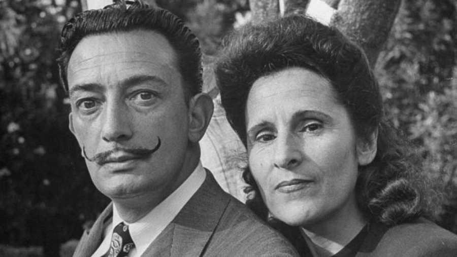 El pintor y su inseparable esposa, la enigmática Gala