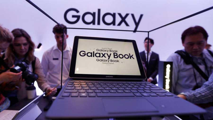 El Galaxy Book hace al mismo tiempo las veces de portátil y de tableta.