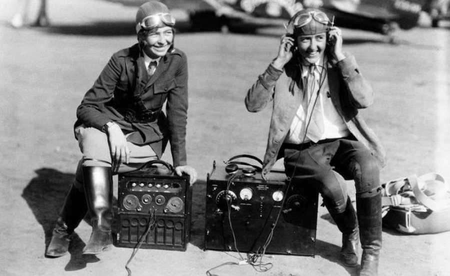 Mujeres y radiofonía