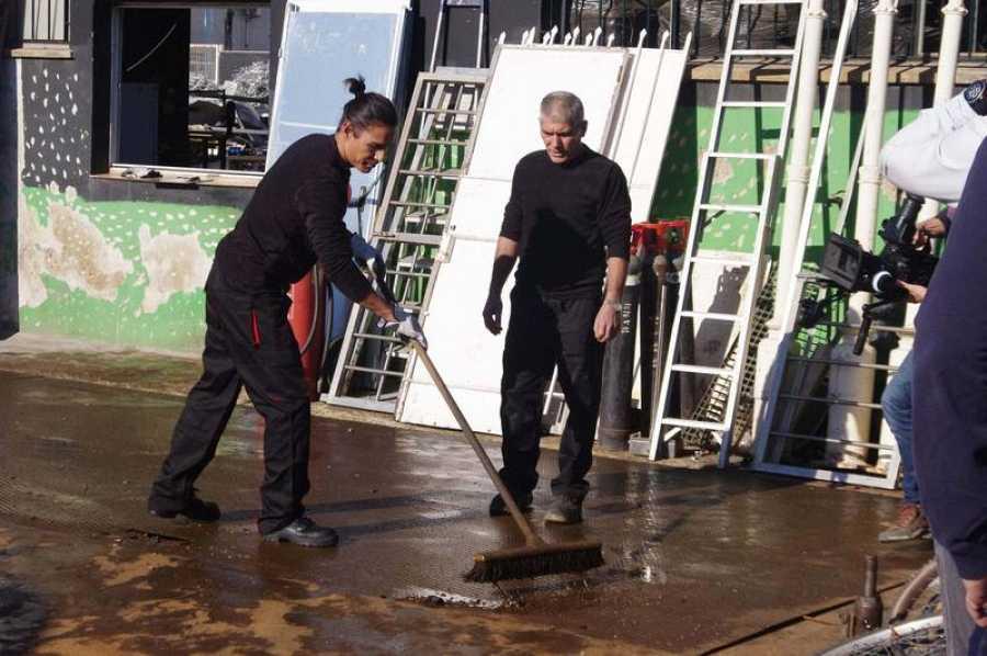 Julio Iglesias Jr. demostrará lo que es capaz de hacer en una planta de reciclaje trabajando como chatarrero