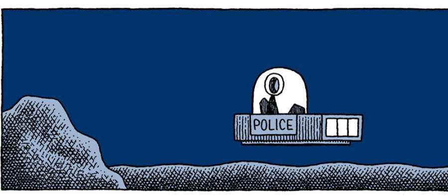 Viñeta de 'Un policía en la luna'