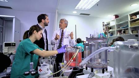 'El futuro de la medicina', primera entrega de 'El cazador de cerebros'