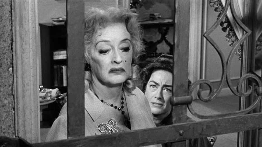 Bette Davis y Joan Crawford, en una imagen de la película '¿Qué fue de Baby Jane?'