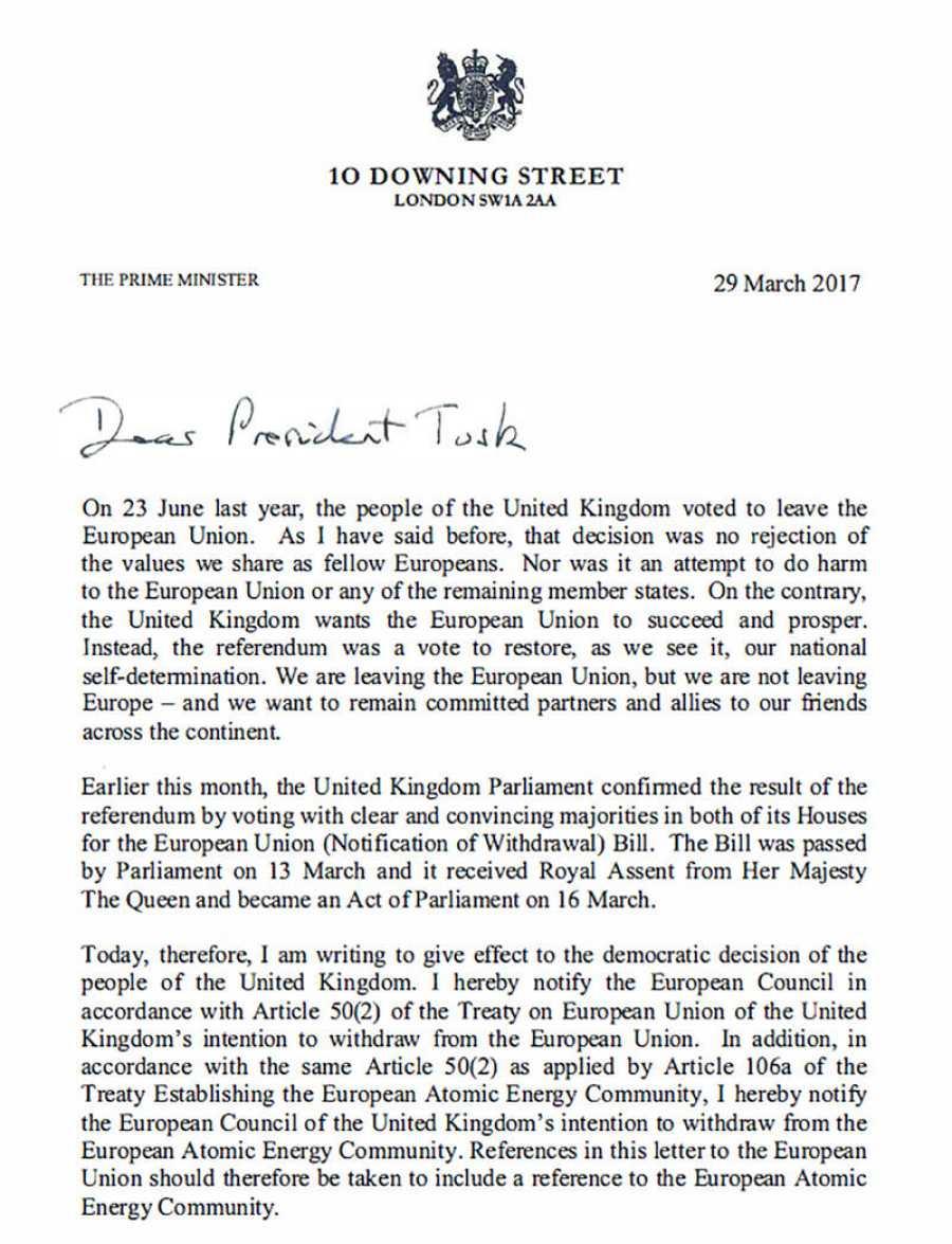Carta enviada paor la primera ministra británica Theresa May al presidente del Consejo Europeo Donald Tusk, para activar el 'Brexit'