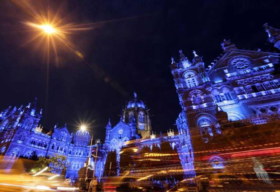 La estación de trenes Chhatrpati Shivaji Maharaj de Mombai, India