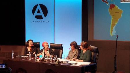 Mayte Carrasco y Rosa Mª Calaf, juntas por la libertad de prensa