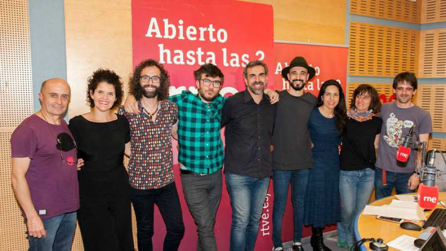 Antílopez, Pepe Viyuela, Miguel Ángel Hoyos y todo el equipo