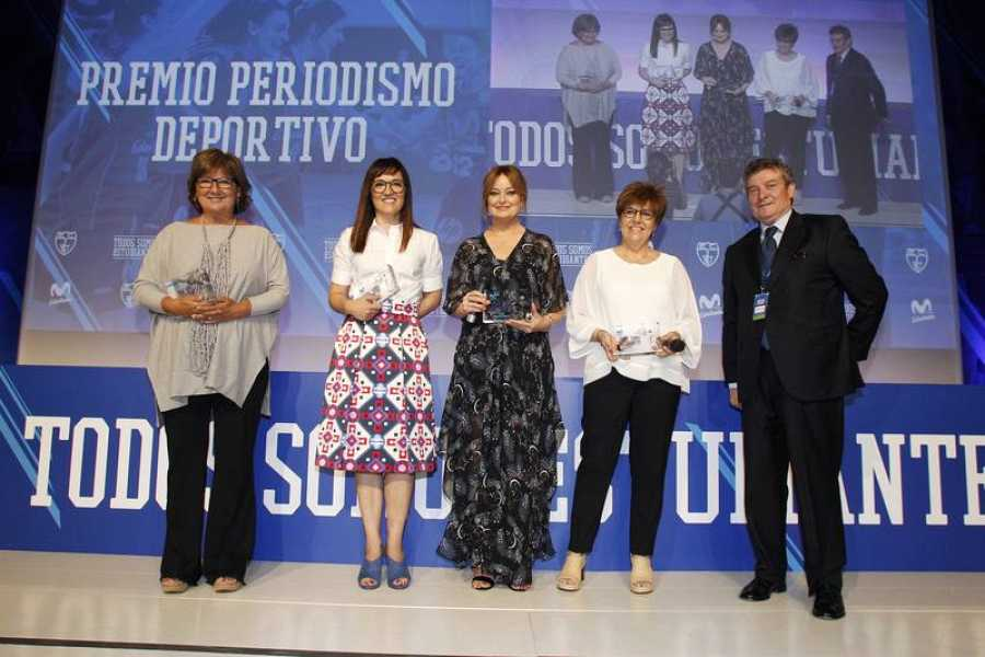 Olga Viza, Rosana Romero, Mónica Marchante y María Escario, premiadas en la categoría 'Periodismo Deportivo'