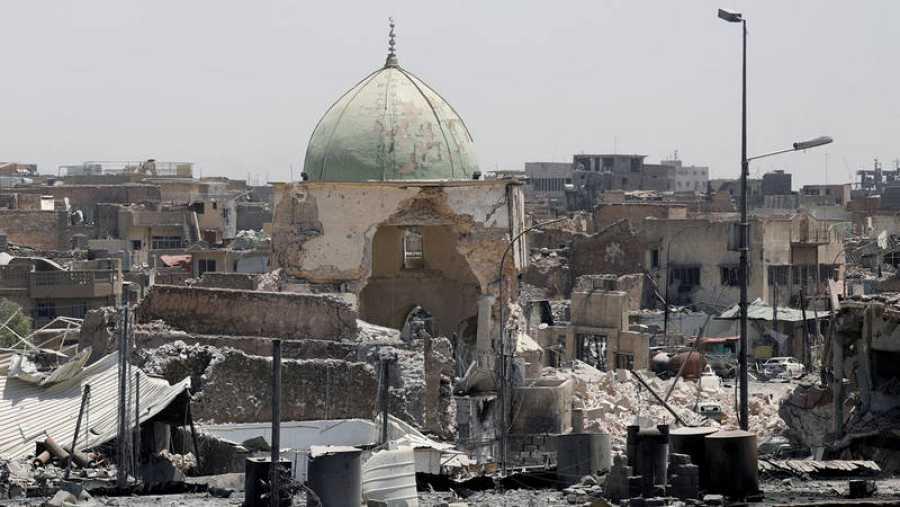 Ruinas de la Gran Mezquita de Mosul, destruida por el Estado Islámico en junio de 2017.