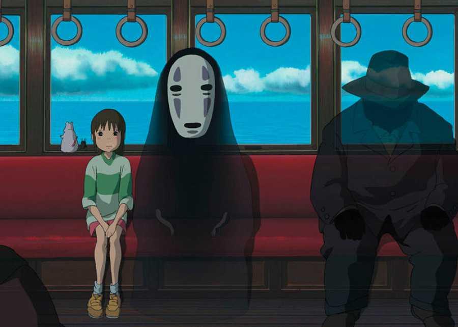 El hipnótico viaje  en tren de Chihiro y
